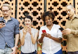 Can we Really Get Cancer From Daily use of our Cell Phones?